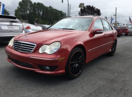 07 Mercedes C230 $1800 Down